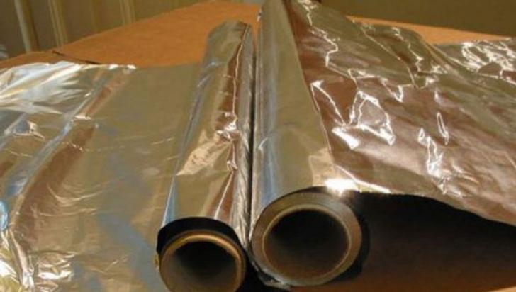 Avertisment şocant al medicilor: nu mai folosi niciodată folie de aluminiu!