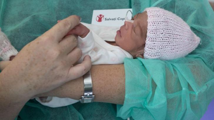 Companiile pot direcționa 20% din impozit pentru dotarea maternităților prin Salvați Copiii (P)