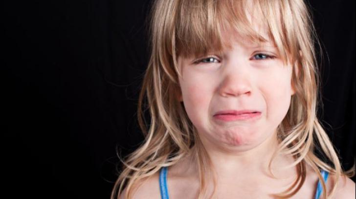 """""""Copiii nu mai au voie aici!"""" Decizia șocantă pe care mulți părinți o critică"""