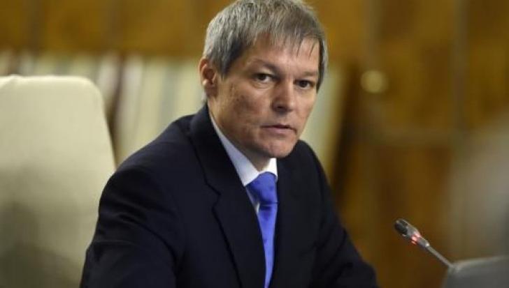 """Ce politician ar fi în spatele ştirii false cu """"Dacian Cioloş, fiul nelegitim al lui George Soros"""""""