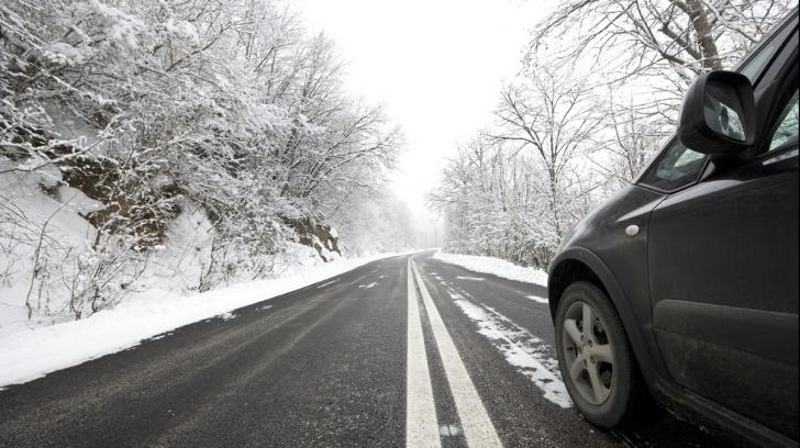 Atenție, șoferi! Circulația pe DN 2, blocată pe ambele sensuri