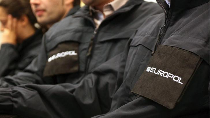 EUROPOL: Un român condamnat pentru proxenetism, cel mai căutat infractor în Europa