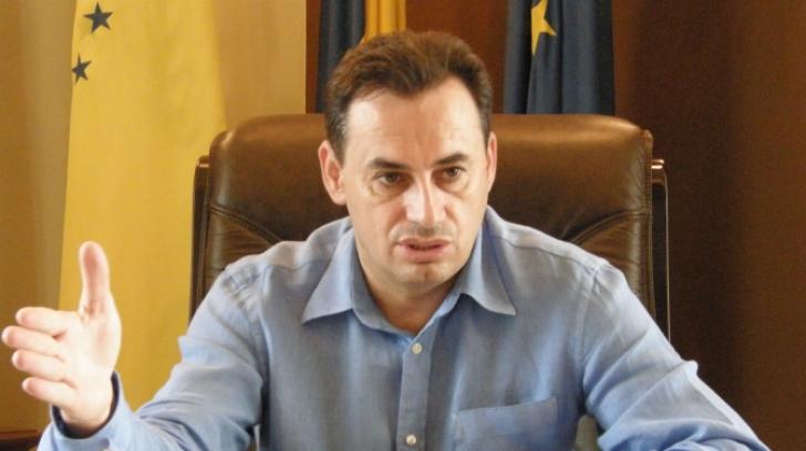 Primarul Aradului, Gheorghe Falcă, acuzat de conflict de interese. ANI a sesizat Parchetul