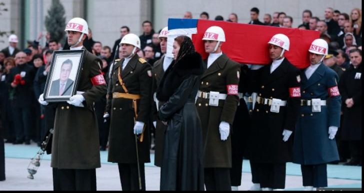 Rusia îl omagiază joi pe ambasadorul său asasinat în Turcia