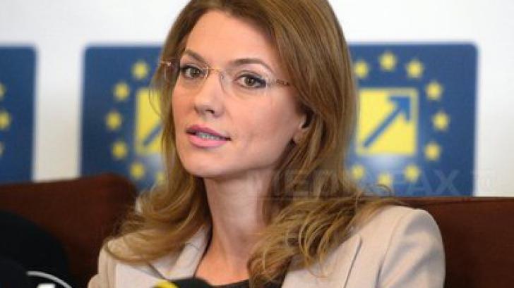 Ședință cu scandal în PNL. Liberalii își negociază funcțiile parlamentare cu PSD