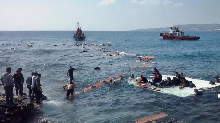 Șapte migranți au murit, iar alți 300 au fost salvați în Marea Mediterană