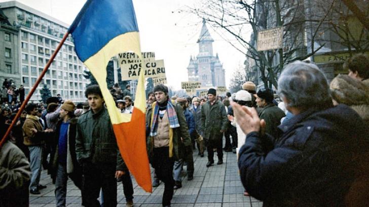 17 decembrie 1989: La Timişoara, se trăgea în mulţimea de protestatari. Zeci de oameni au murit