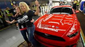 Ford angajează aproape 1000 de oameni