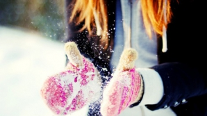 Sfaturi de sănătate pe timp de ger. Cum eviţi degerăturile şi alte probleme cauzate de frig