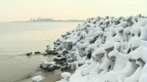 """FENOMEN RAR! Marea Neagră a început să """"fiarbă"""" la minus 15 grade"""