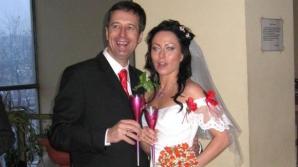 Om de afaceri influent, ucis de soția stripteuză
