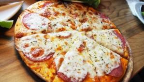 REŢETĂ BLAT PIZZA. Cum se prepară blatul de pizza perfect!