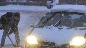 Masini blocate in zăpadă