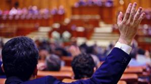 Ordonanţa Guvernului Ponta prin care au crescut salariile demnitarilor, respinsă în comisiile Camerei Deputaţilor