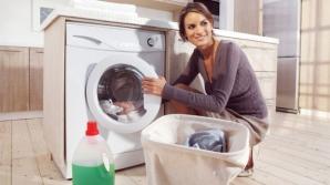 Aruncă o aspirină în maşina de spălat! Motivul te va lăsa fără cuvinte