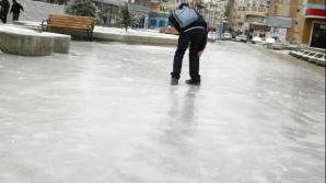 5 trucuri ca să nu aluneci pe gheață