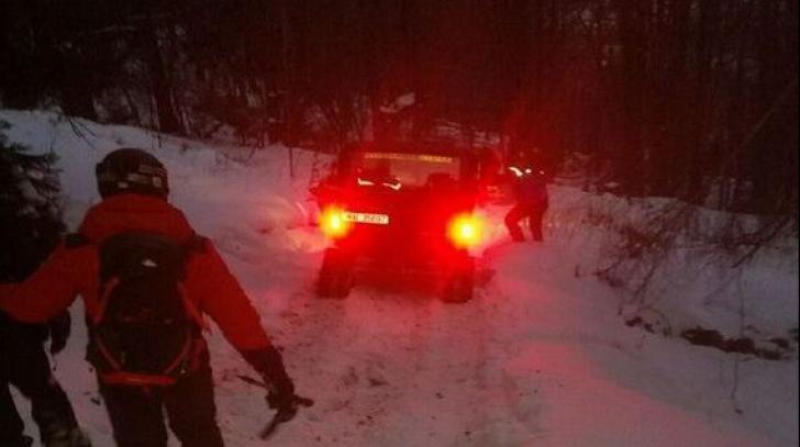 Doi schiori au fost salvați în Masivul Vâlcan, în urma unei acțiuni de șase ore