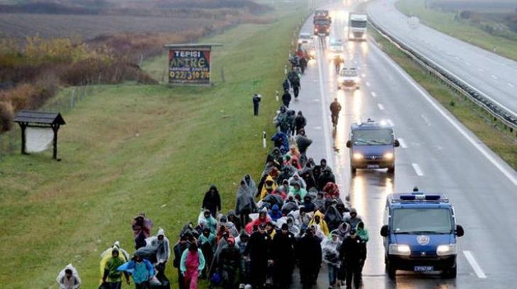Prosteste în Croaţia! Peste 50 de migranți manifestează la un centru de primire