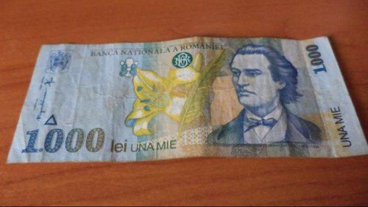 Mai aveţi pe acasă bancnote de 1.000 de lei cu Mihai Eminescu? Iată cât valorează acum