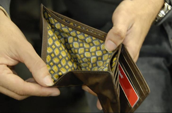Criza finanțelor publice