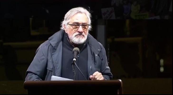 """Acuzaţii grave lansate de Robert de Niro: """"E o comedie pentru proști"""""""