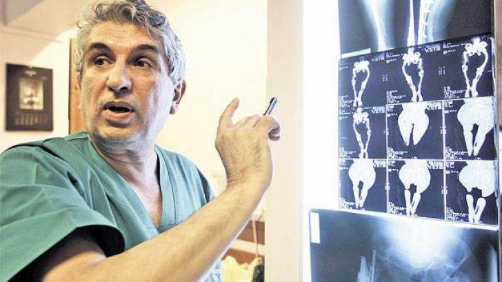 Decizia Tribunalului Bucureşti: Medicul Burnei poate profesa în spitalele de stat
