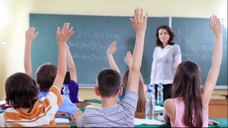 """Încă o reformă în Educaţie. Ministrul Educaţiei: """"Până la sfârşitul anului 2017..."""""""