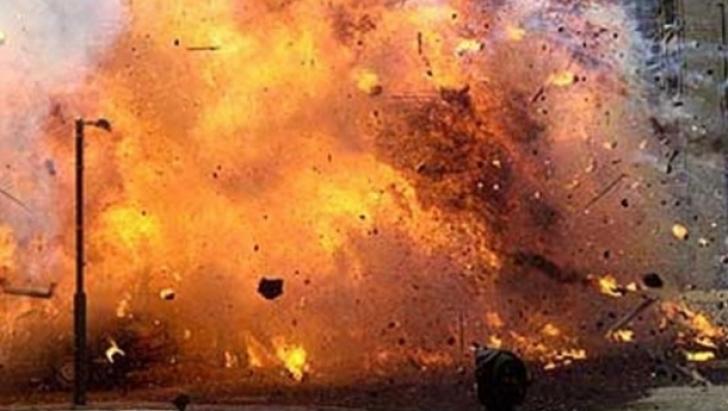Un nou atentat sângeros. Trei teroriști kamikaze s-au detonat lângă un tribunal FOTO