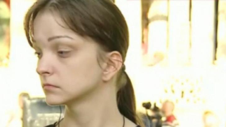 Circ pe funcţii în PRM. Ce a păţit fiica lui Vadim Tudor când a vrut să intre în sediu - VIDEO