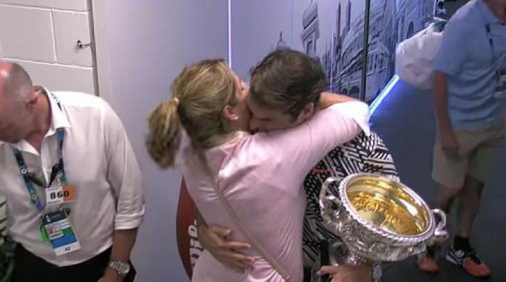 Emotionant! Cum a sarbatorit Roger Federer castigarea celui de-al 18 titlu ATP cu sotia sa, Mirka