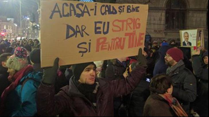 Grațierea și amnistia au scos lumea în stradă: 5.000 de persoane au protestat în Bucureşti