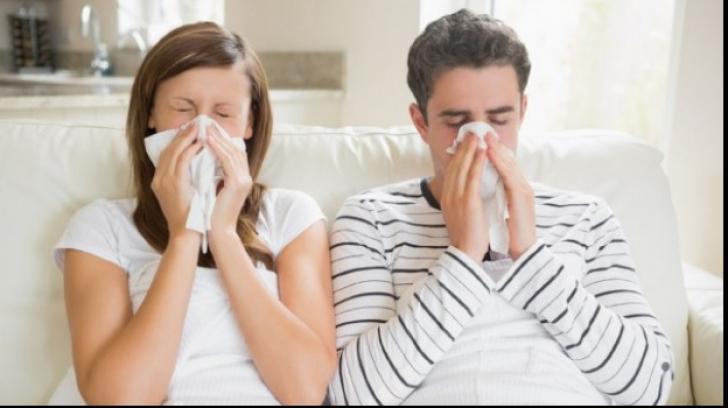 Cum să treci mai uşor peste răceala şi gripa de sezon: Cinci sfaturi practice
