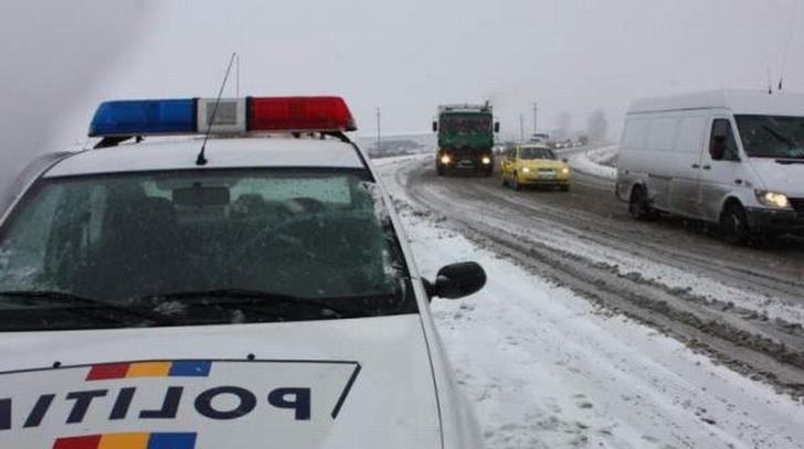 Autostrăzile A2 şi A4, închise din cauza viscolului. Pe ce drumuri NU se poate circula. Update