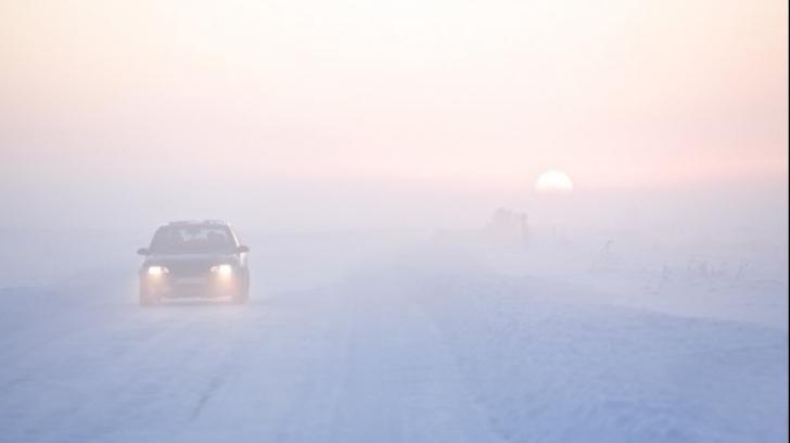 Atenţie, şoferi! Codul galben de ceaţă afectează circulaţia pe mai multe drumuri din ţară
