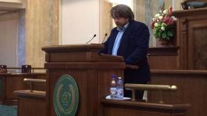 """Senatorul USR care a adormit în plenul Parlamentului: """"Mă auto-sancționez"""""""