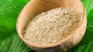 Argila tratează gastrita şi durerile