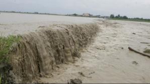 Cod galben de inundații pe râuri din 14 județe, până sâmbătă la miezul nopții