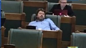 Senatorul care doarme