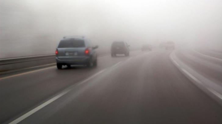 COD GALBEN de ceață, marți dimineață
