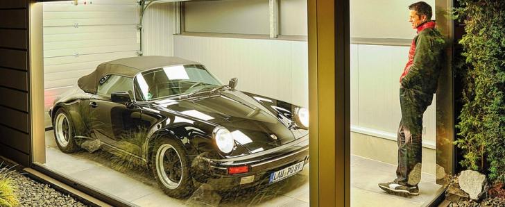Cel mai ciudat garaj din lume. A fost conceput special pentru Porsche 911 Speedster şi ataşat casei