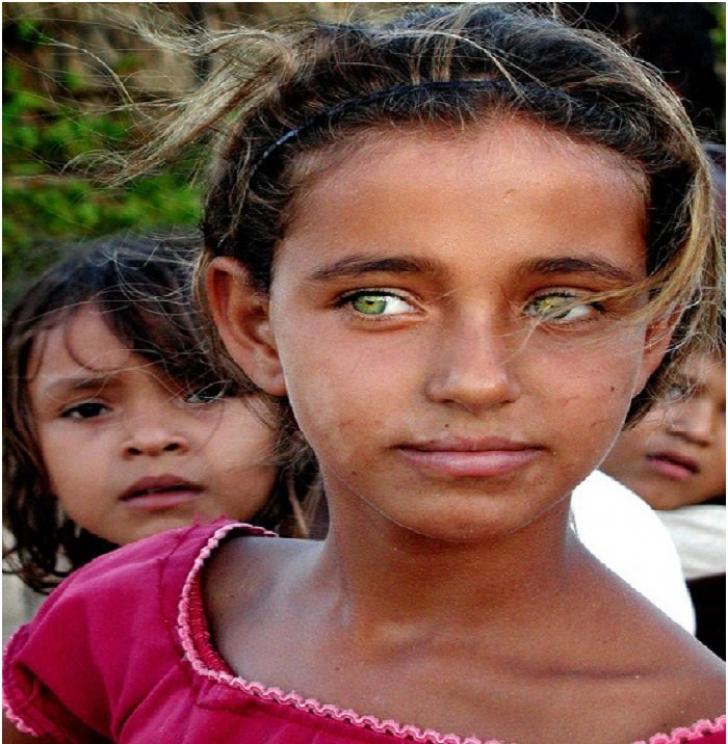 Oamenii cu cei mai frumoşi ochi din lume. Privirea lor te hipnotizează