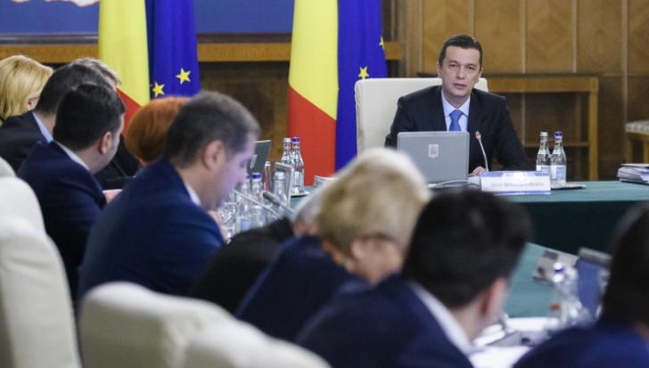 Ordonanţa de Urgenţă care a scos românii în stradă va fi ABROGATĂ. Şedinţă de Guvern, la ora 14.00