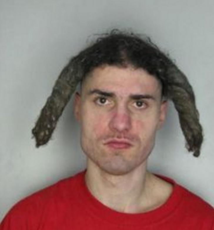 Cele mai ORIBILE frizuri. Credeai că părul TĂU stă prost azi?