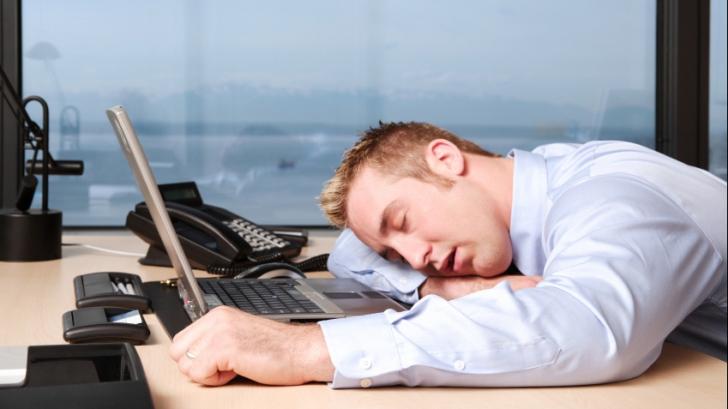 Ți-e somn toată ziua? Cauza medicală te va uimi