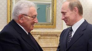 """Henry Kissinger: """"Vladimir Putin NU este Hitler. Pe plan militar, Rusia NU e în stare să ne bată"""""""