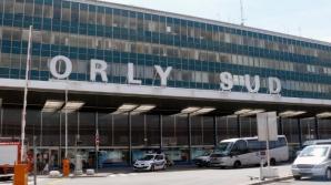 Focuri de armă pe Aeroportul Orly, din Paris: un mort