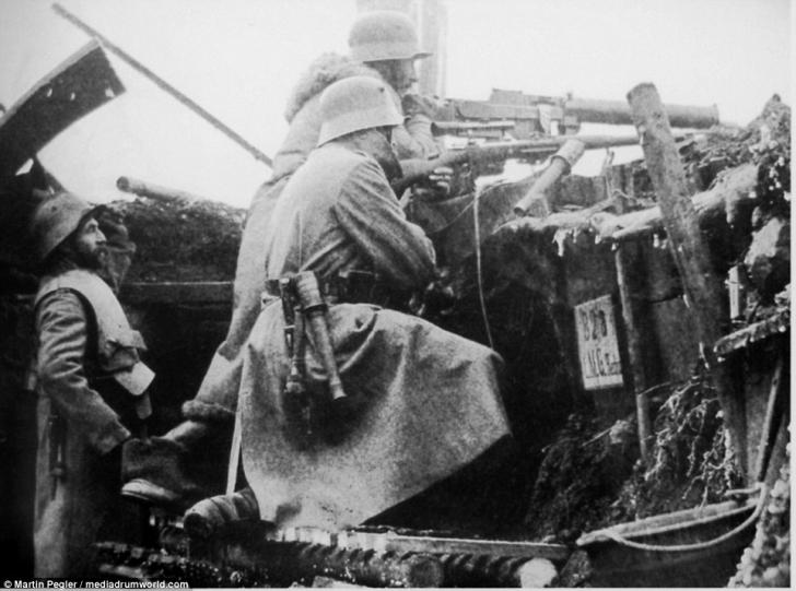 Ei aduceau MOARTEA în Primul Război Mondial. Cum se camuflau lunetiştii pe câmpul de luptă