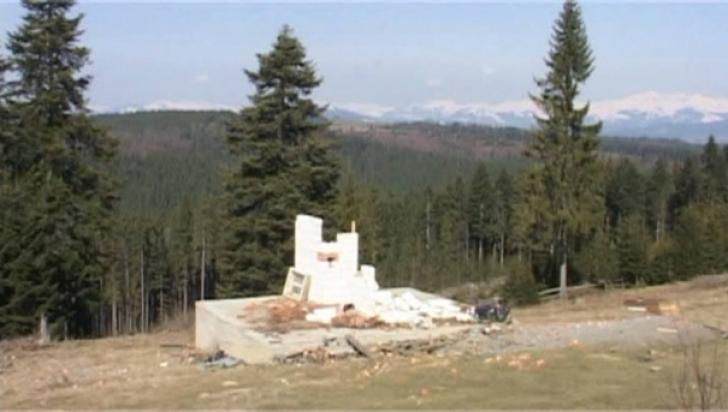 Hoţie extremă, în România. O cabană, furată cu totul, în judeţul Bistriţa-Năsăud