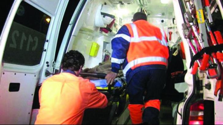 Accident teribil în Suceva. 8 persoane rănite. O maşină a luat foc