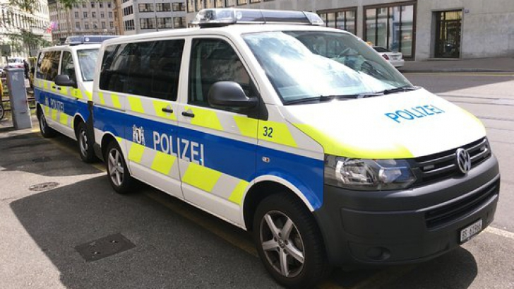 Atac armat într-un bar din Elveţia: Doi oameni au murit şi unul a fost grav rănit
